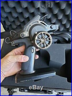 FUTABA 4PX Digital 2.4 GHz Transmitter, R304SB Receiver, Case 7px 4pv radio