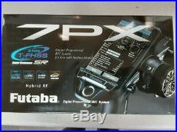 Futaba 7PX 7-Channel 2.4GHz T-FHSS SR Radio System withR334SBS-E 01004384-3 New