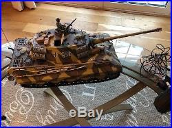 Tamiya 116 King Tiger Tank R C + Futaba Coms