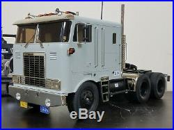 Tamiya 1/14 R/C Globeliner Tractor Truck with Futaba Transmitter ESC Servos
