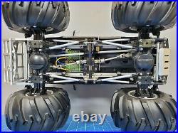Used Custom 1/10 RC Tamiya Juggernaut 2 Ford F350 Novak ESC Futaba Upgrade motor