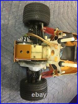 Vintage rc10 team associated gold pan Futaba Reciever Servo Motor Nice Look